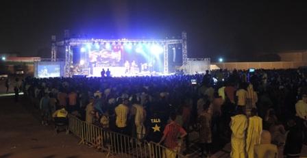 Public concert fête de la musique/crédit photo Awa Seydou
