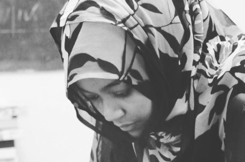 Article : Aliya Abbas, pionnière du journalisme mobile en Mauritanie